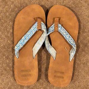 TOMS flip flops